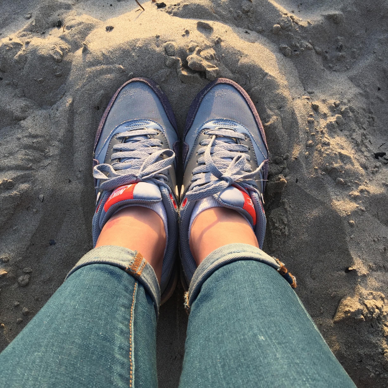 sneakersbythebeach